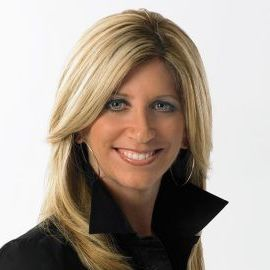 Laura Okmin Headshot