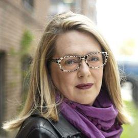 Anya Von Bremzen Headshot