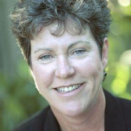 Kathy Hudson Headshot
