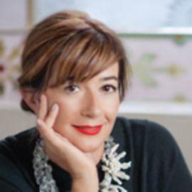 Deborah Lloyd Headshot
