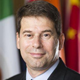 Daniel W. Drezner Headshot