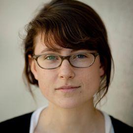 Lydia DePillis Headshot