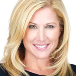 Jen Groover Headshot