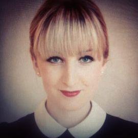 Rachel Arthur Headshot
