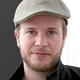 Tomas Puig Headshot