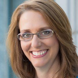 Katrina Ayres Headshot