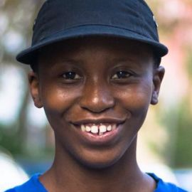 Lee Mokobe Headshot