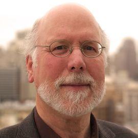 Dr. Stephen M. Kosslyn Headshot