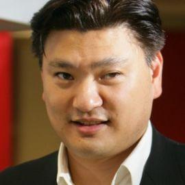 Hans Tung Headshot