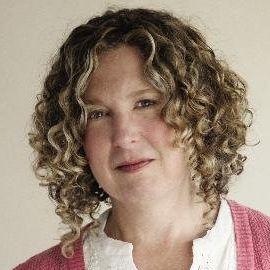 Peggy Orenstein Headshot