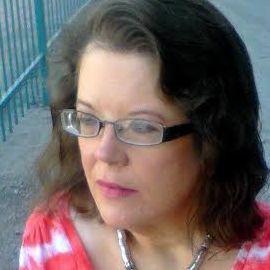 Debbie Roppolo Headshot