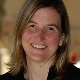 Nicole Newnham Headshot