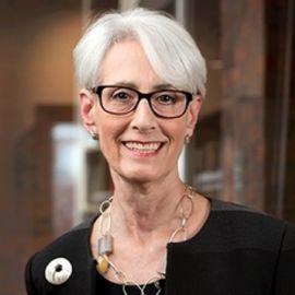 Wendy Sherman Headshot