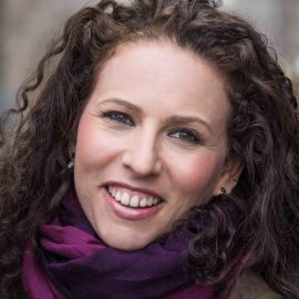 Sarah Wildman Headshot