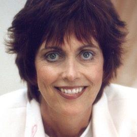 Beverly Kirkhart Headshot