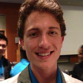 Ryan Vogel Headshot