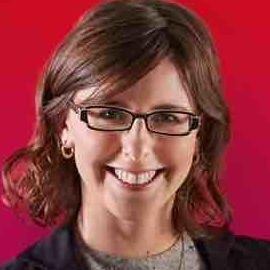 Elena Lucas Headshot