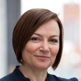 Amanda Vickery Headshot