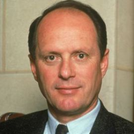 Robert Ballard Headshot