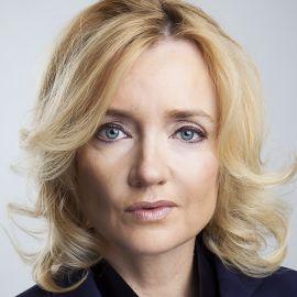 Julie Meyer Headshot