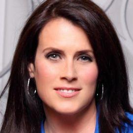 Lisa Oz Headshot