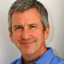 Robin Sieger Headshot