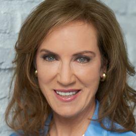 Dr. Pamela Peeke Headshot