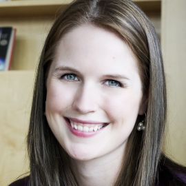Marissa Meyer Headshot