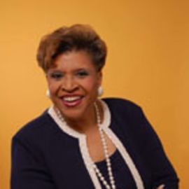 Patricia Russell McCloud Headshot