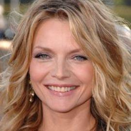Michelle Pfeiffer Headshot