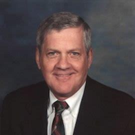 Dennis Mannering Headshot