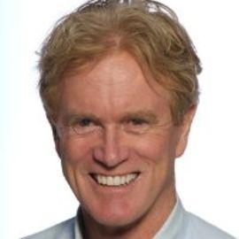 Bob Arnot Headshot