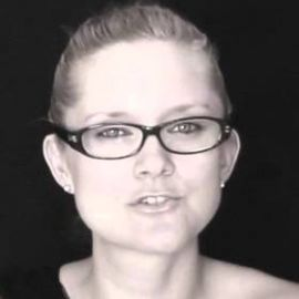 Dahlia Schweitzer Headshot