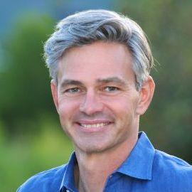 Chris Waddell Headshot