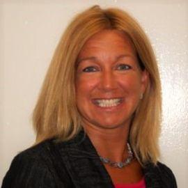 Sue Salach-Cutler Headshot