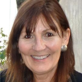 Mary Marcdante Headshot