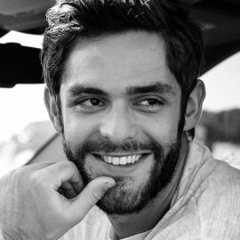Thomas Rhett Headshot