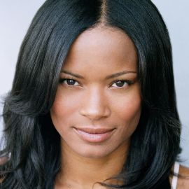 Rose Rollins Headshot