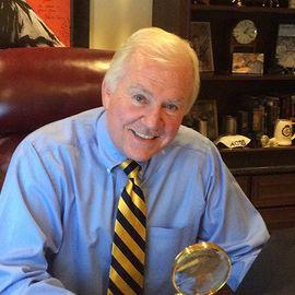 John E. Douglas Headshot