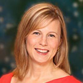 Mary Clark Headshot