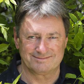 Alan Titchmarsh Headshot