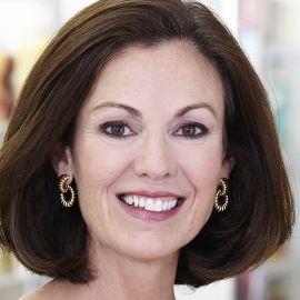 Mary Dillon Headshot
