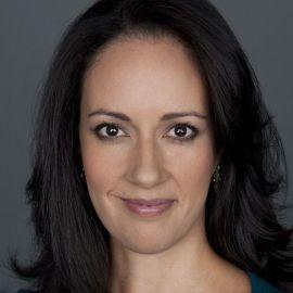 Bernadette Aulestia Headshot