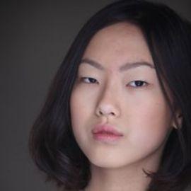 Madison Hu Headshot