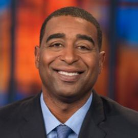 Cris Carter Headshot
