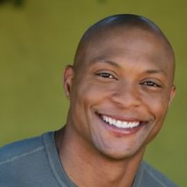 Eddie George Headshot