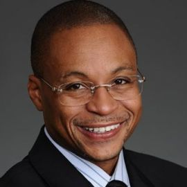 Gus Johnson Headshot