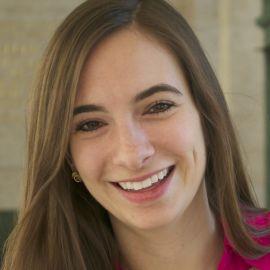 Natalya Bailey Headshot