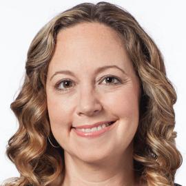 Jennifer Reingold Headshot