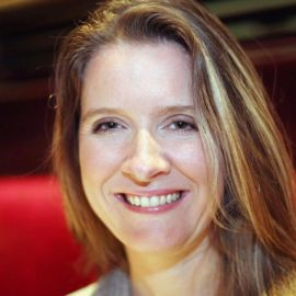 Katie Telford Headshot